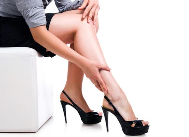 nguyên nhân gây suy giãn tĩnh mạch ở nữ